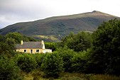 Country cottage in the majestic MacGillycudd�'s Reeks, Killarney National Park, County Kerry, Munster, Republic of Ireland